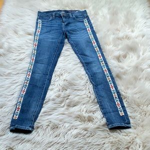 Blank NYC beaded Aztec pattern jeans size 24